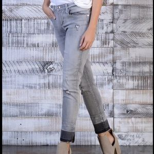 Seven7 gray distressed skinny ankle jeans
